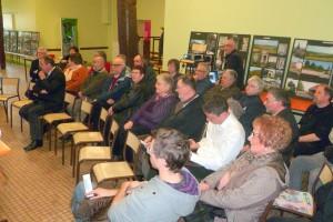 Une partie du public, officiels et adhérents